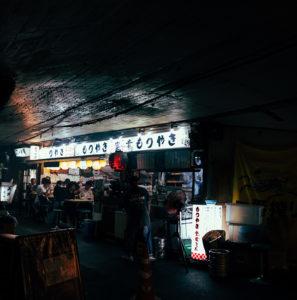 ガード下の風景・有楽町 FUJIFILM XF10で