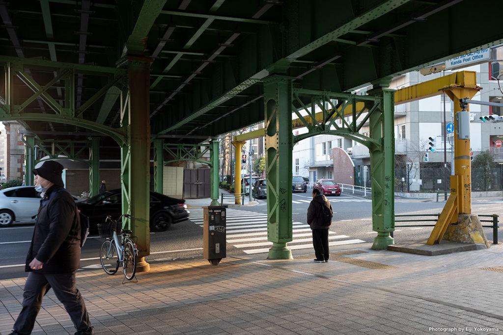 昌平橋、JRガード下。なぜかガード下に来ると、とりあえず写真を撮ってます😅