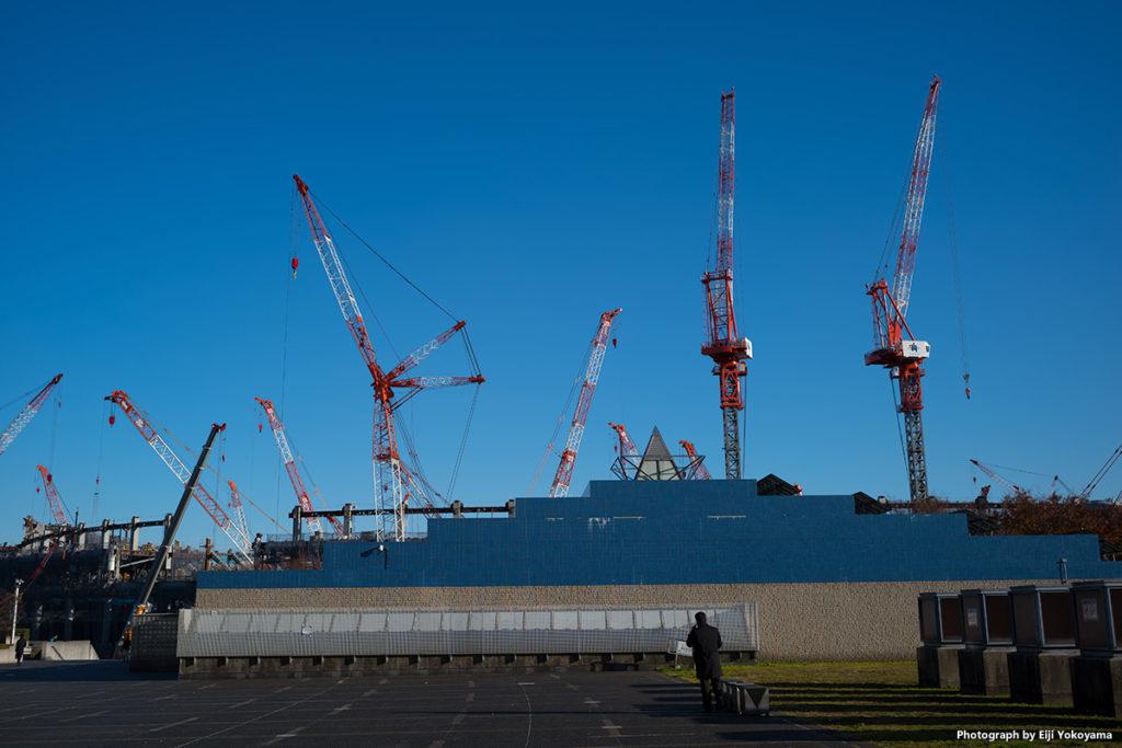昨年12/6、東京体育館から見た新国立競技場。