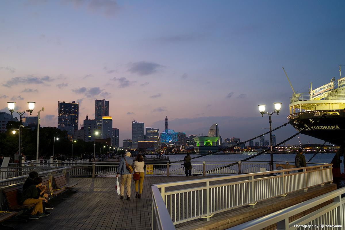 α7C持って宵の横浜