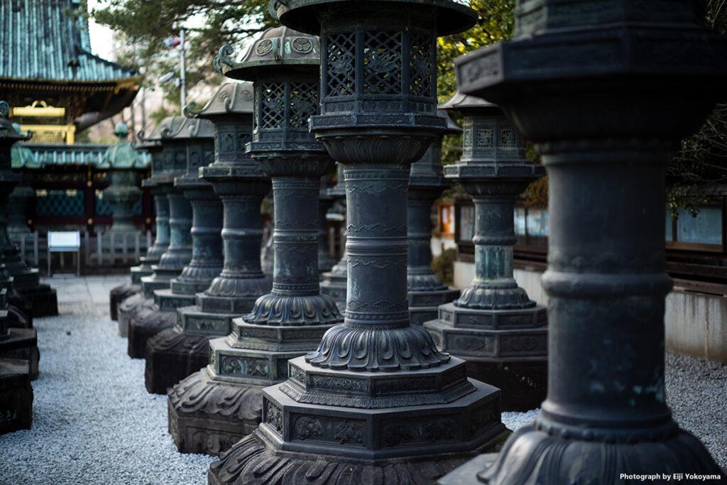 上野東照宮の銅灯籠。この灯籠が気に入ってて、毎度同じような写真を思いっきり撮ってます💦