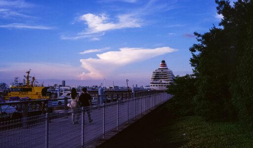 横浜、MINOLTA CLE + Voigtlander NOKTON classic 40mm F1.4 + Kodak Ektachrome E100