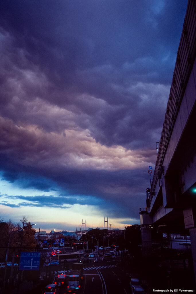 横浜 / Kodak Ektachrome E100